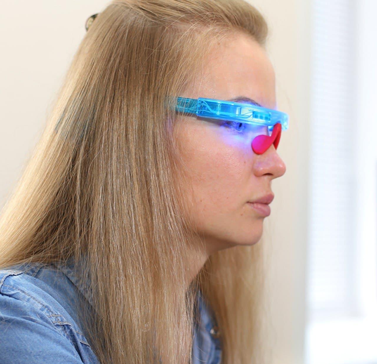 Очки для нормализации суточных биоритмов BlueSkyPro разработка под ключ